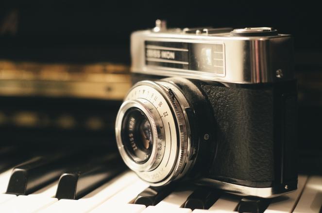 camera-photography-vintage-lens.jpg