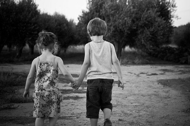 Children-holding-hands.jpg