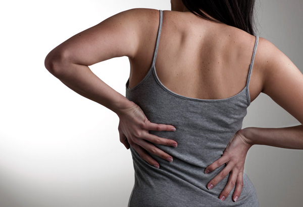 201110-orig-droz-back-pain-600x411