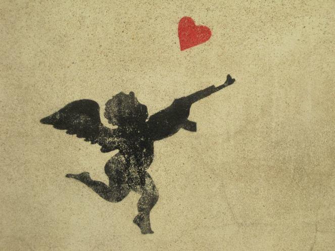 cupid-with-machine-gun