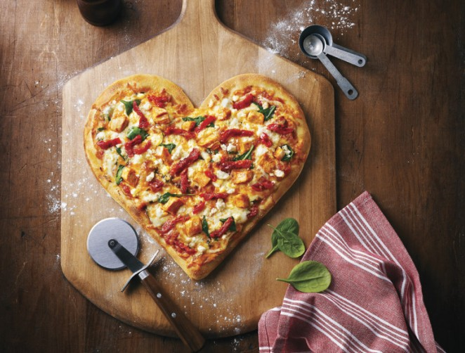 heart_shaped_tuscan_pizza_insitu_d-768x582