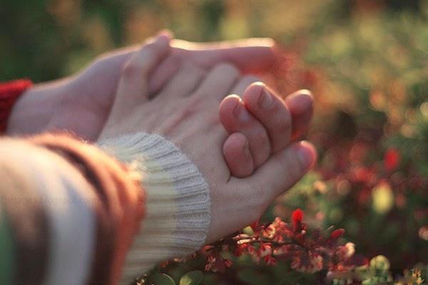 holding hand friend love close  (2).jpg