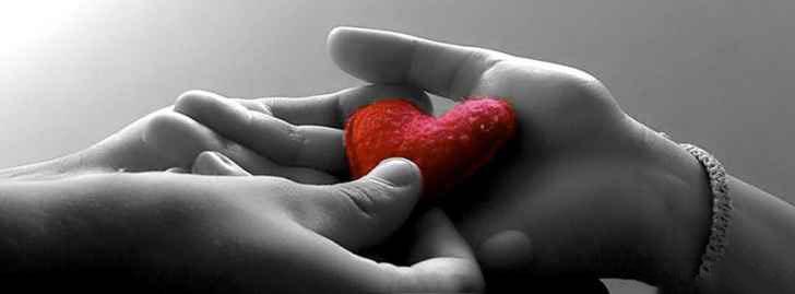 010_Love_Heart_Facebook_Cover_