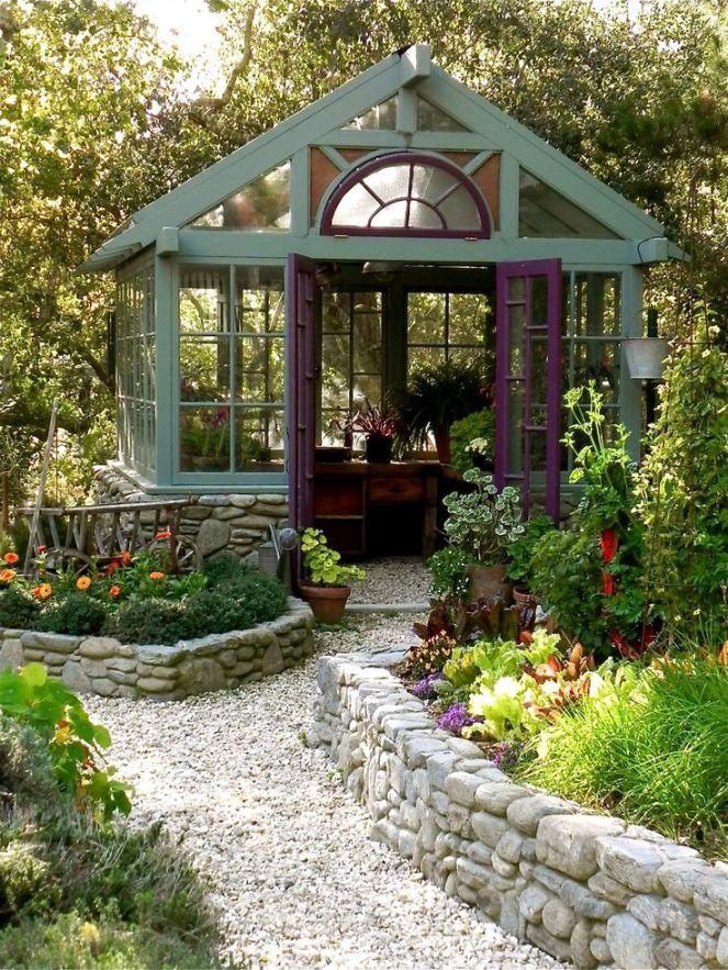 a387e992d32c448ee5174e02118553cc--backyard-greenhouse-greenhouse-ideas.jpg