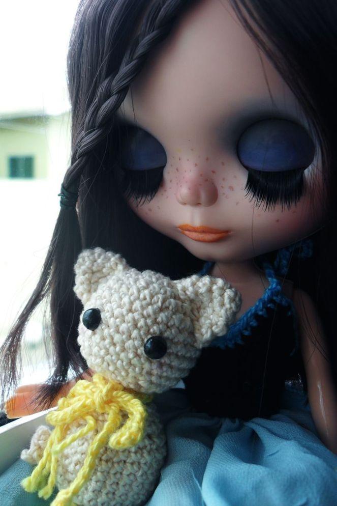 7f233d047504725c7f48b4b4b9256b2a--blythe-dolls-florence