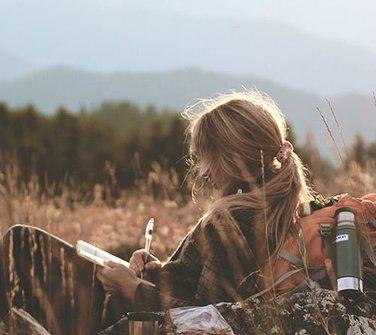 cute-girl-writing