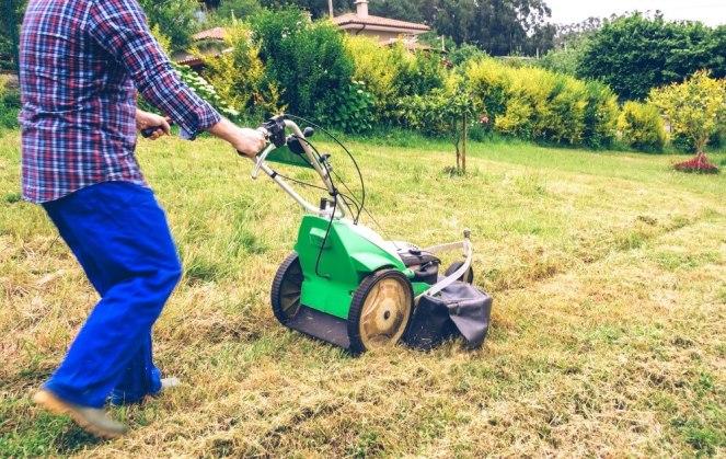 Yard-Work-Back-Pain-Lawnmower