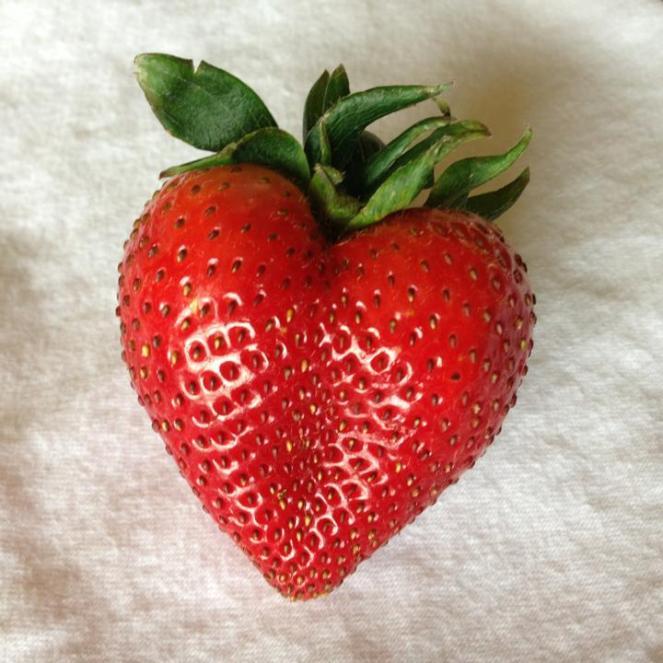 strawberry-heart.jpg