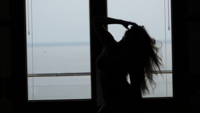 b002b7289f87c685ae25d08fe1d20397_hd0032dancing-silhouette-in-front-of-a-window_852-480